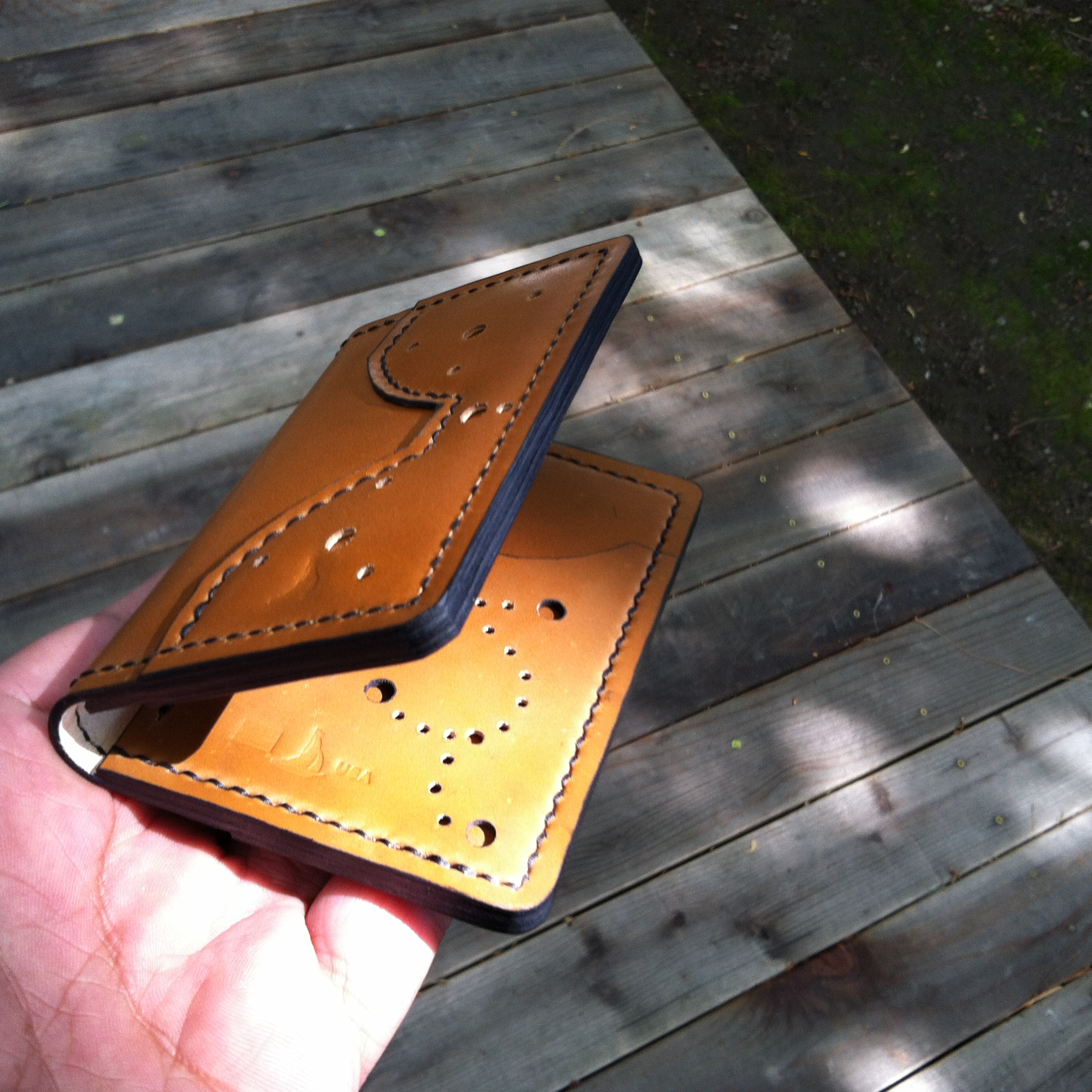Leather artisan wallet